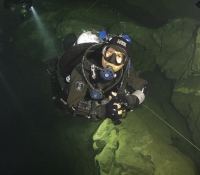 deep diving caves-IMG_9562