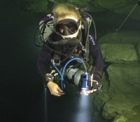 deep diving caves-IMG_9565