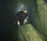 deep diving caves-IMG_9568