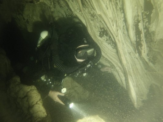 cave-ccr-rebreather-thailand