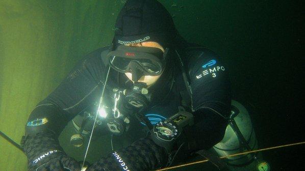cave-diver-sidemount-jpg