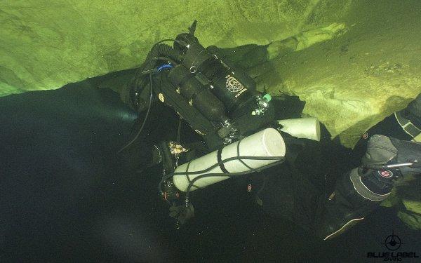 caves-thailand-underwater-shots_5497