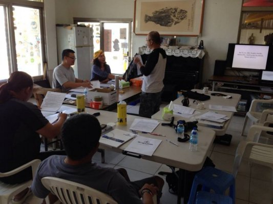 Rebreather courses in the classroom