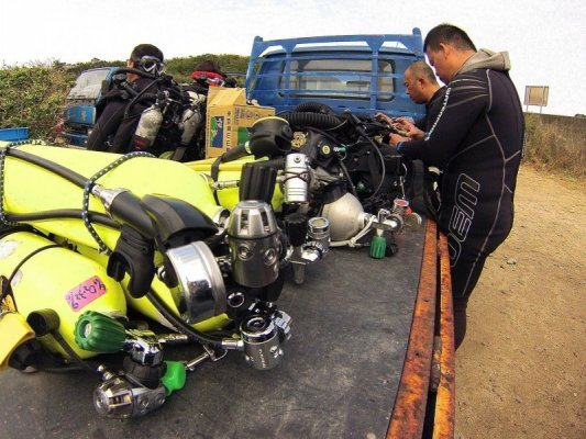 Packing the truck for the rebreather dive