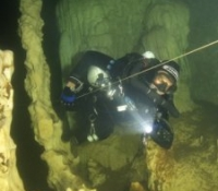 Line and ccr cave diver