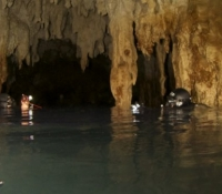 two cave divers khao sok