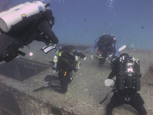 wreck diving rebreather